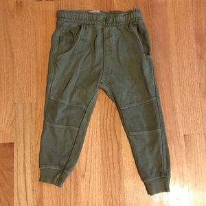 Zara boys joggers army green sz 2/3 toddler